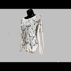 Chaser  Long Sleeve White Bullhorn Shirt xs